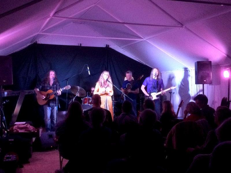 Dandelion Charm full band at Pickhams
